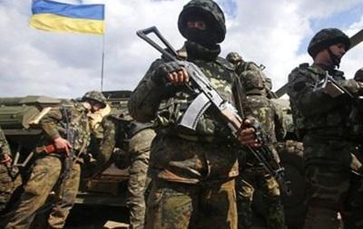 Депутаты просят Порошенко ввести военное положение на Донбассе