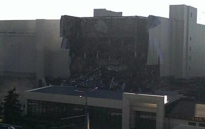 В Харькове обвалился фасад мясокомбината