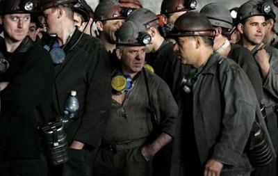 В Днепропетровской области более суток горит шахта