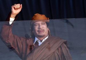 СМИ: Италия ищет страну, куда мог бы бежать Каддафи