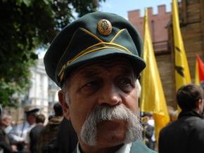 Опрос: Украинцы негативно оценивают ОУН-УПА и позитивно - признание Голодомора