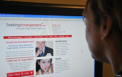 У пользовательниц сайтов знакомств выманили 400 тысяч долларов