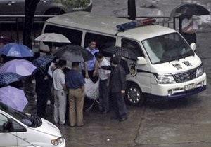 В Китае мужчина, у которого отсудили имущество, застрелил трех судей