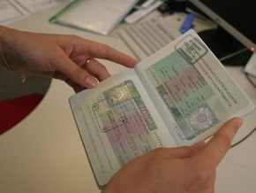 Шенгенская виза подорожала почти в два раза