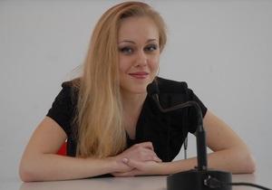 Певица Alyosha везет на Евровидение  глобальное послание человечеству