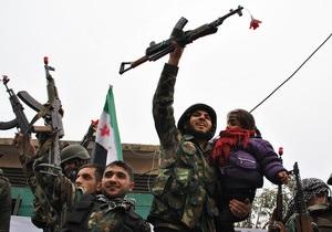 В ходе борьбы за авиабазу в Сирии ВВС разбомбили позиции повстанцев