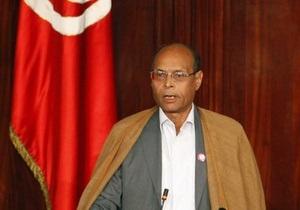 Президент Туниса призвал граждан отказаться от протестов на полгода