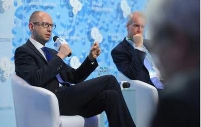 Яценюк объяснил выгоду отсрочки ассоциации с ЕС