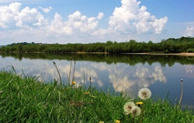 Понедельник в Украине будет теплым и солнечным