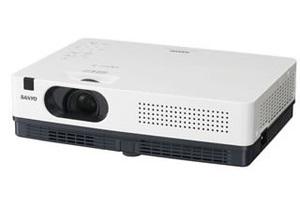 Sanyo PLC-XD2200/2600 - компактность для профессионалов