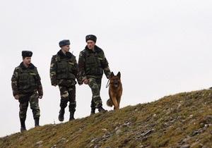 Новости Сумской области - контрабанда - таможня - В Сумской области таможенники пресекли контрабанду радиационного вещества и партию антикварного оружия