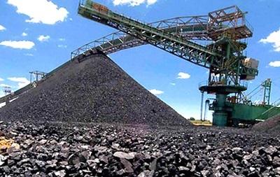Добыча угля в Украине упала почти на 60%