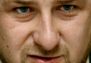 Кадыров предложил запретить чиновникам покидать Россию