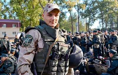 Боксер Усик в зоне АТО спас подполковника Нацгвардии