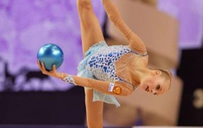 Фотогалерея: Лучшие гимнастки мира показали чудеса гибкости