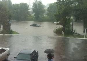В Харькове сильный дождь привел к подтоплению в некоторых частях города