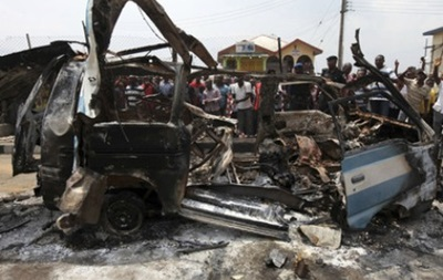 В Гвинее-Бисау автобус подорвался на мине, 19 человек погибли