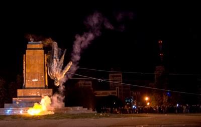 Итоги 28 сентября: обмен пленными и снос памятника Ленину в Харькове
