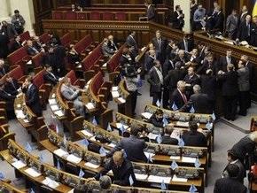 НГ: В Киеве вновь заговорили о досрочных выборах