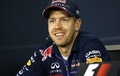 Официально: Феттель покидает команду Red Bull