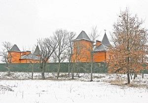 СМИ: На Жуковом острове в Киеве началось строительство