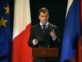 Медведев хочет встретиться с Обамой как можно скорее