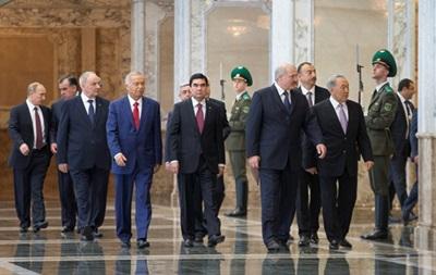На саммите СНГ в Минске приняли 15 документов