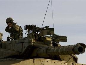 Израильские войска обстреляли в Газе больницу, миссии ООН и Красного Креста