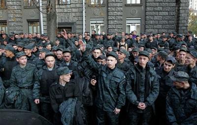 Прокуратура открыла уголовное дело в связи с митингом солдат под АП