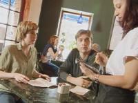 Есть ли польза от  мобильного официанта ?