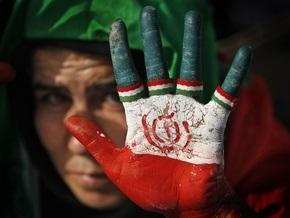 Иранские власти арестовали сотрудников британского посольства