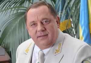 МВД: Мельник не мог по своим документам покинуть страну