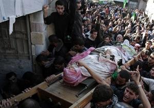 Израиль возобновил обстрел Газы, несмотря на визит премьера Египта