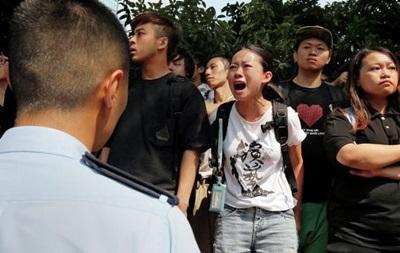 В Гонконге произошли новые столкновения протестующих с полицией