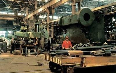 В России хотят запретить госкомпаниям закупать импортную технику