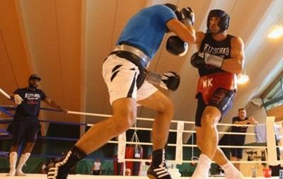 Украинский тяжеловес поможет Кличко лучше подготовиться к бою с Пулевым