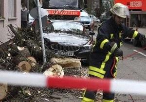 Ураган Ксинтия накрыл Швейцарию. Общее число жертв достигло 52 человек