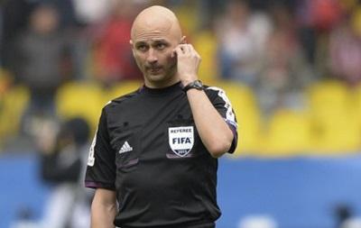 Футболист Спортинга призвал UEFA наказать российского судью