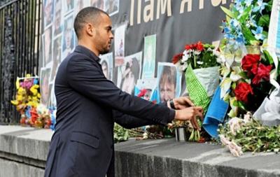 Делегация Легии почтила память погибших на Майдане