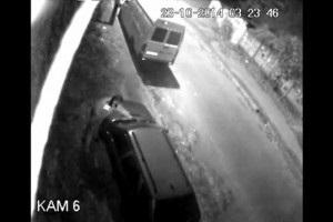 В Киеве милиционер украл дворники с автомобиля