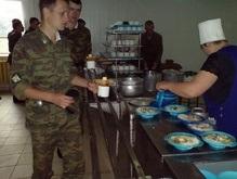 Российская армия перейдет на шведский стол
