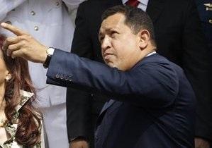 Уго Чавес заявил о желании пожать руку Обаме