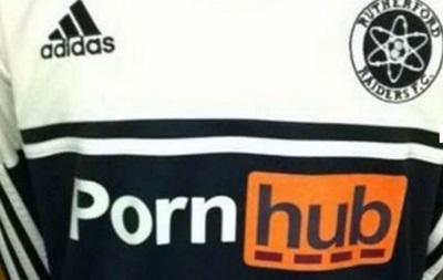 В Англии порносайт едва не стал спонсором университетской футбольной команды