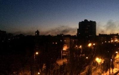 В Донецке гремят залпы и взрывы – соцсети