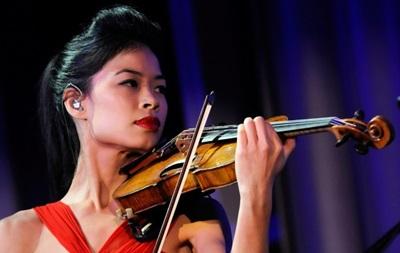 Известную скрипачку отстранили от занятий горнолыжным спортом