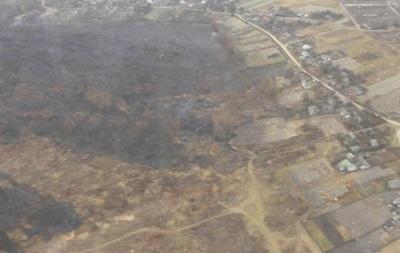 В Черниговской области тушат масштабные торфяные пожары