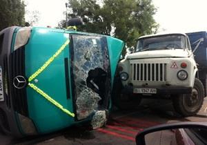 В Полтаве произошло ДТП со свадебным кортежем, пострадали граждане РФ