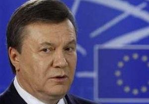 Янукович возвратился из Брюсселя в Киев