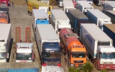 В очереди на Керченской переправе стоят более 800 машин