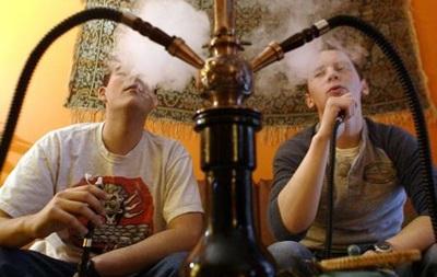 Курение кальяна грозит лейкемией – ученые